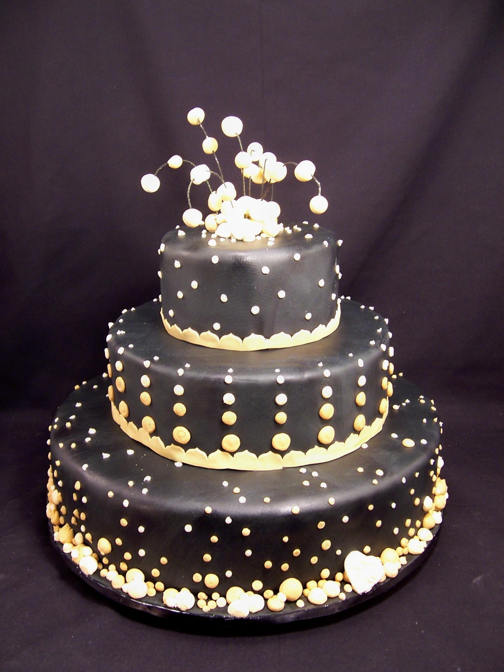 New 2011 Wedding Cake Designs For The Master S Baker