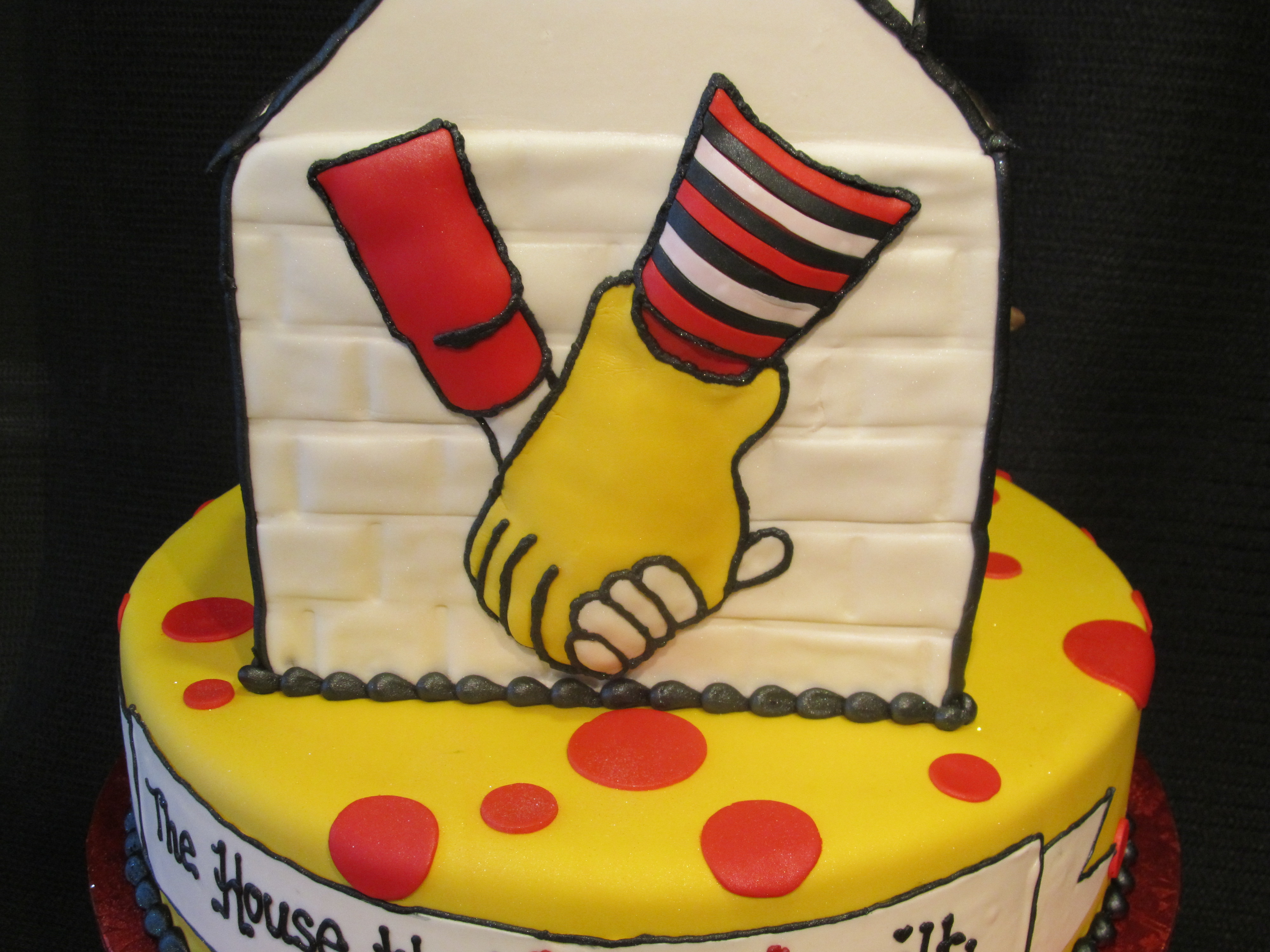 Birthday Cake For Ronald : Pin Ronald Mcdonald Birthday Cupcakes Cake on Pinterest
