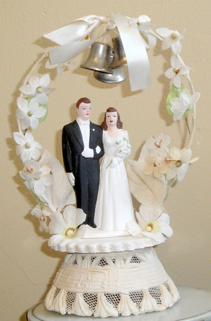 wedding cake accessories the premier bakery for your wedding amp event design 8557